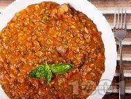 Рецепта Яхния от леща с гъби, бекон и домати от консерва